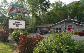 Smoky mountain heritage center